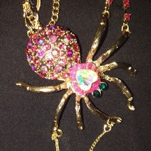 BETSEY JOHNSON HUGE SPIDER NECKLACE